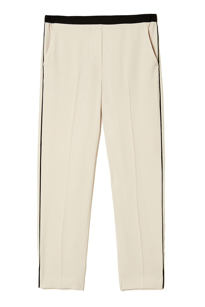 El imprescindible de la semana: un pantalón con raya lateral | Moda ...