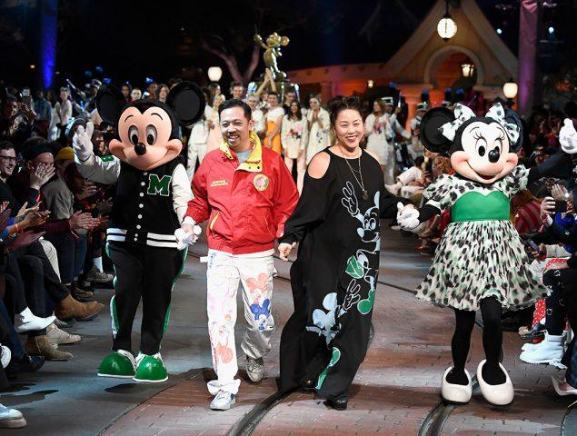 La 'disneyficación' de la moda: por qué nos fascina Mickey aunque seamos adultos