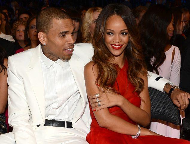 Rihanna pide boicot a Snapchat por un anuncio que bromea con los malos tratos de Chris Brown