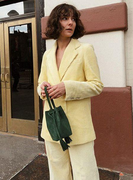 Este es el traje amarillo de Zara que llevan todas en Instagram
