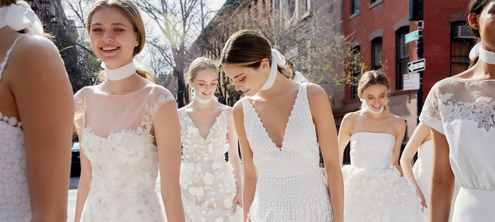 038a608447 Estos vestidos de novia te van a conquistar (tanto si te casas como ...