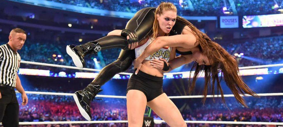 Ronda Rousey: por primera vez en la historia, la mayor estrella de la lucha libre es una mujer