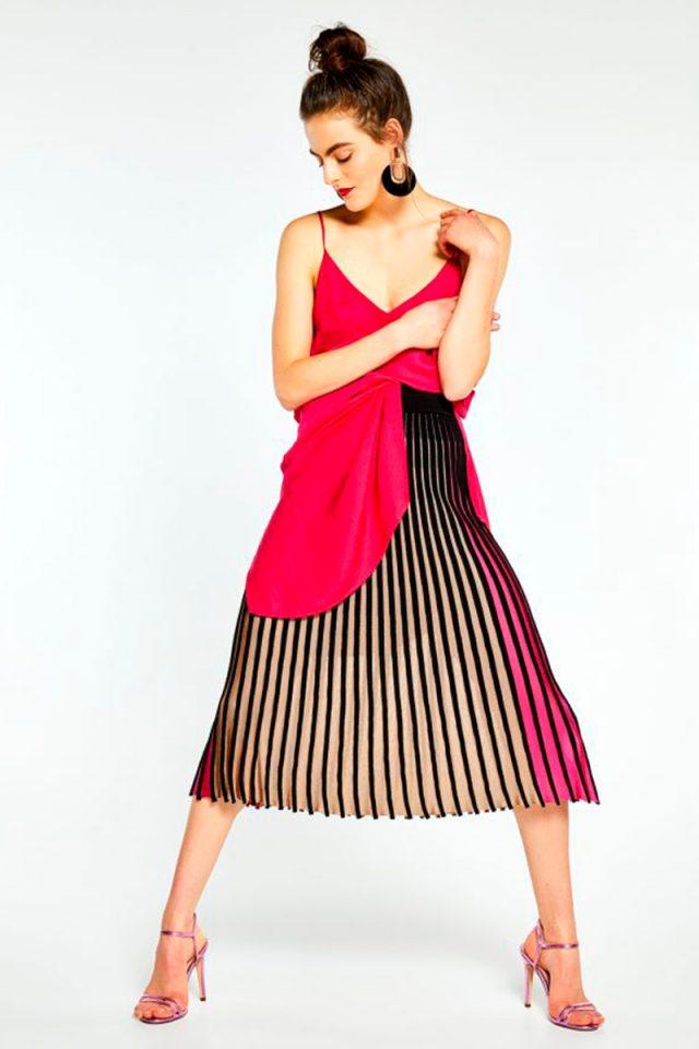 398ef8b86a Valentino está detrás de las faldas (y el vestido) más clonado de la ...