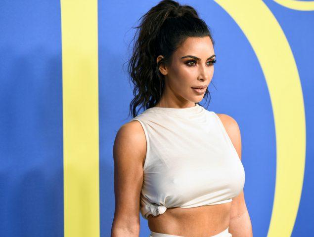 Premios CFDA: Kim Kardashian se corona en los Oscar de la moda vestida como una diosa griega