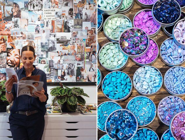 Nos colamos en el estudio de Roxanne Assoulin, la creadora de las pulseras del momento