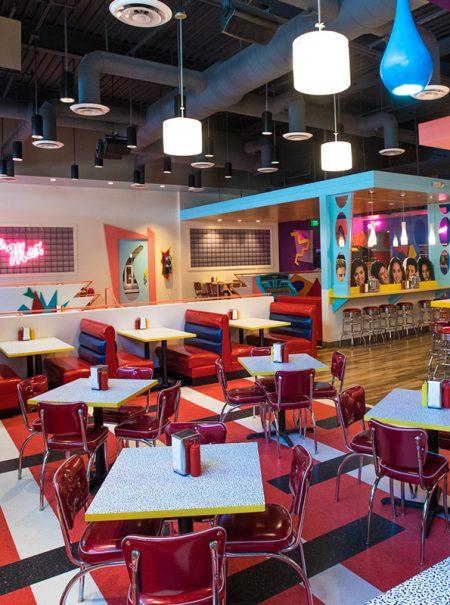 'Salvados por la comida': así es el restaurante que recrea idénticos los escenarios de la serie