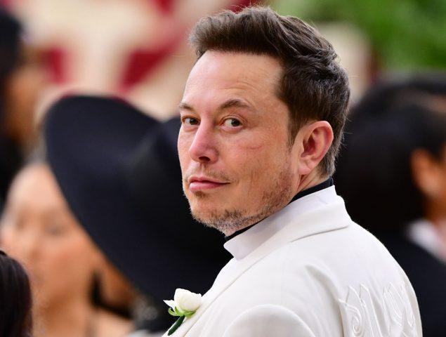 Auge y caída de Elon Musk, de iconoclasta a odiado tirano a lo Trump