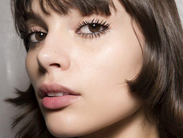 7 trucos para maquillarse en verano (y que no se derrita en tu cara)
