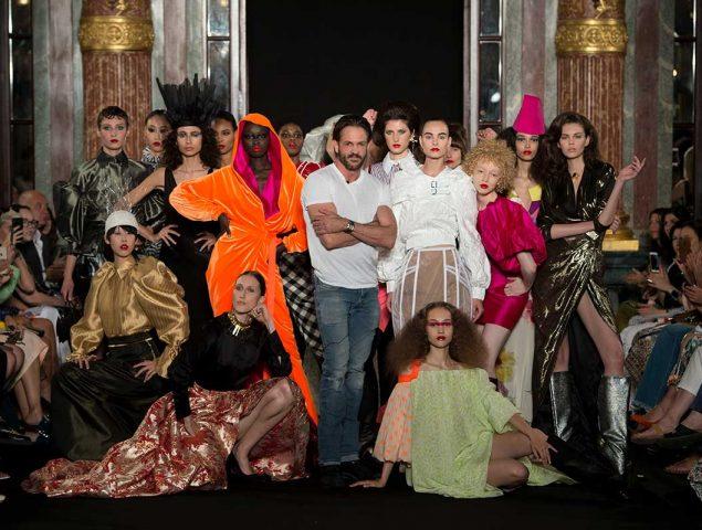 La nueva forma de crear moda se llama 'demi-couture'