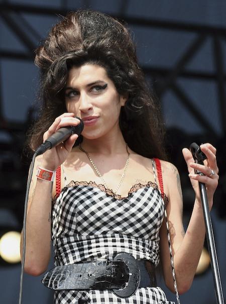 El polémico regreso de Amy Winehouse a los escenarios como holograma
