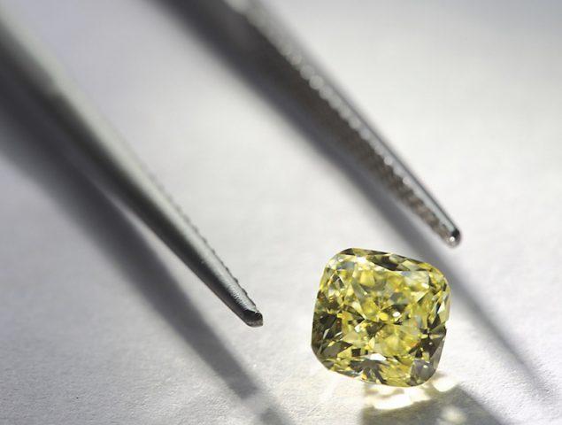 ¿Qué hay detrás de un diamante? Tiffany & Co. quiere que lo sepamos