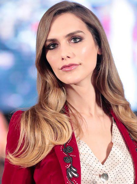 Los duros ataques a Ángela Ponce, la transexual española candidata a Miss Universo