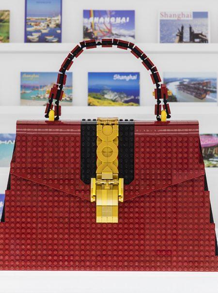 La fantasía de moda de la era 'kidult': un bolso Gucci de Lego