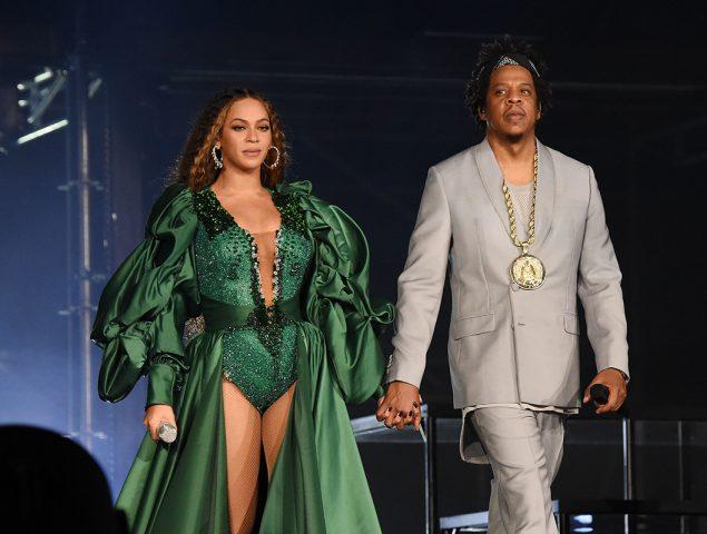 Beyoncé se cambia seis veces de vestido para homenajear a Mandela