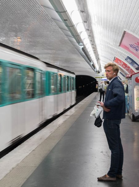 """""""Mi día a día en el transporte público"""": el vídeo viral de acoso (con masturbación) de una parisina"""