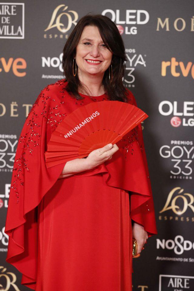 #NiUnaMenos: quién llevó los abanicos de los Goya contra los crímenes machistas