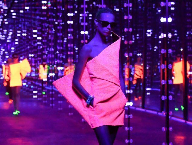 Así es la guerra de poder y lujo en la semana de la moda parisina