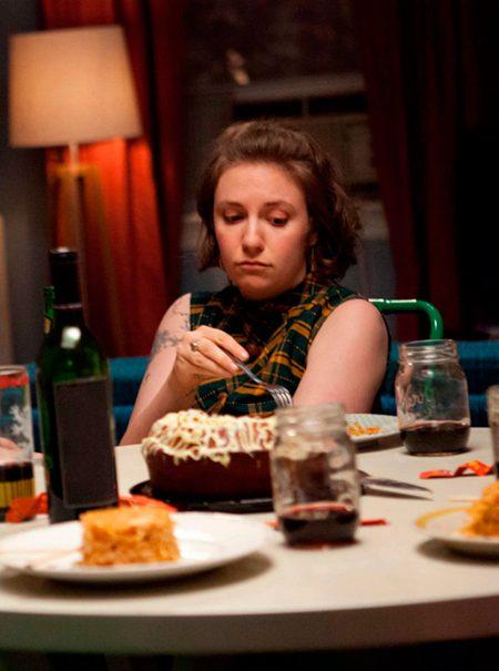 Cenar solo fruta y otros mitos sobre la última comida del día