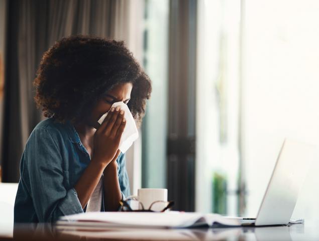 Cuando ni en el día libre por enfermedad se puede desconectar del trabajo. ¿Cómo nos afecta?