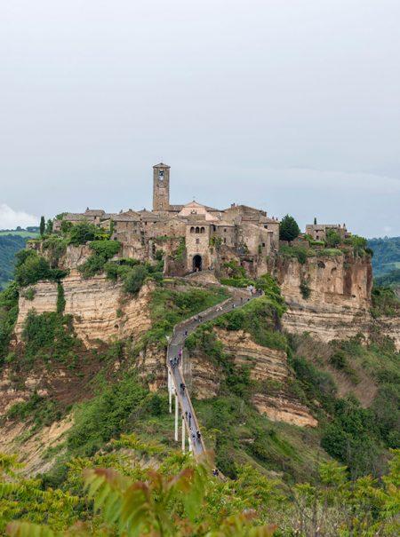 Civita di Bagnoregio, la ciudad italiana de 10 habitantes que todos quieren conocer