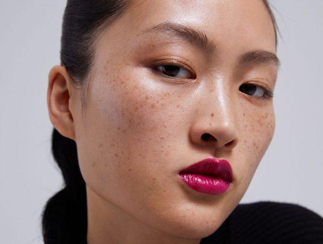 """""""Es un insulto para China"""": la modelo asiática con pecas de Zara desata la polémica"""