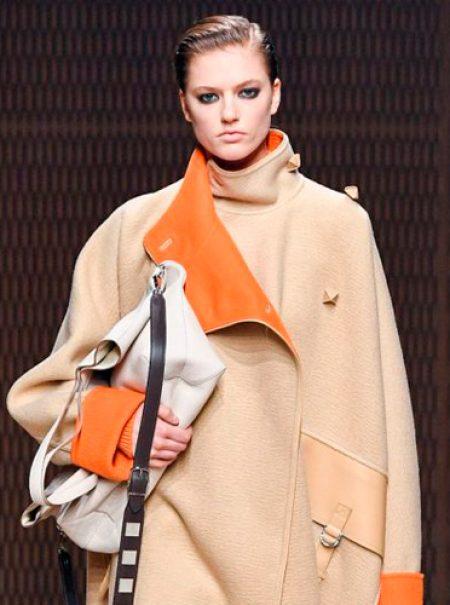 El bolso se lleva bajo el brazo en Hermès
