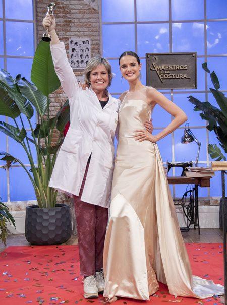 """Rosa, ganadora de Maestros de la Costura: """"Quiero vestir a Anne Igartiburu, la visten muy mal"""""""