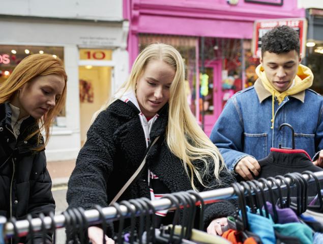 Así cambió mi forma de consumir ropa: 11 personas cuentan su experiencia