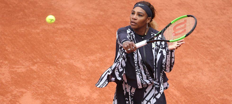 Serena Williams convierte en tradición callar las críticas con su ropa