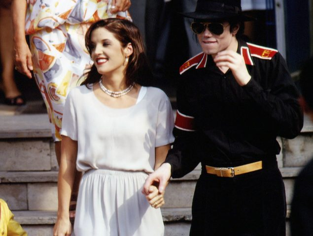 Michael Jackson y Lisa-Marie Presley: los 20 meses del matrimonio más extraño del pop