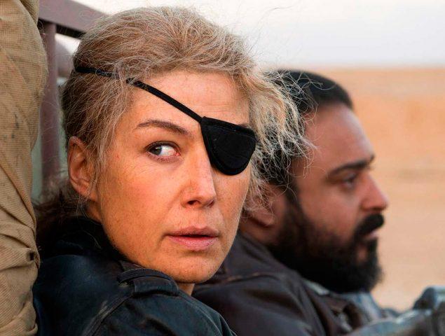 Sexo, alcohol y muerte: así fue la vida de la corresponsal de guerra Marie Colvin