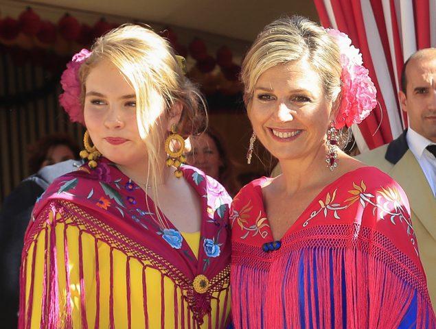 17d5dc05497 Así se confeccionó el vestido de flamenca de Máxima de Holanda: nos ...