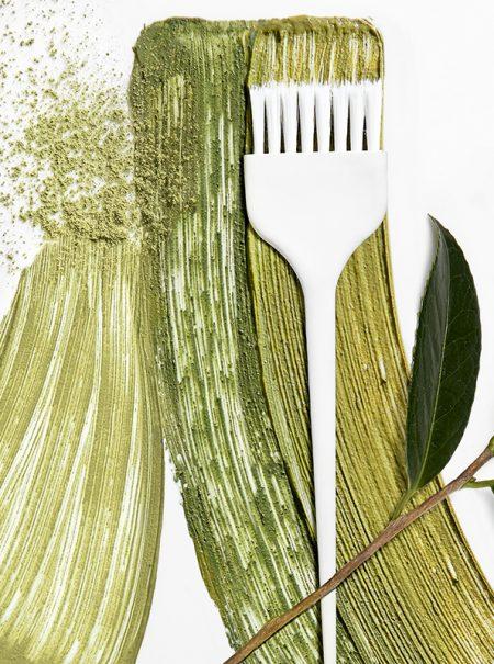 Por qué deberías pasarte a los tintes vegetales para el pelo (y por qué no)