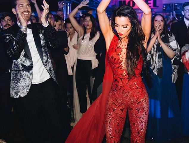 Todo al rojo: Pilar Rubio muestra su segundo traje de boda
