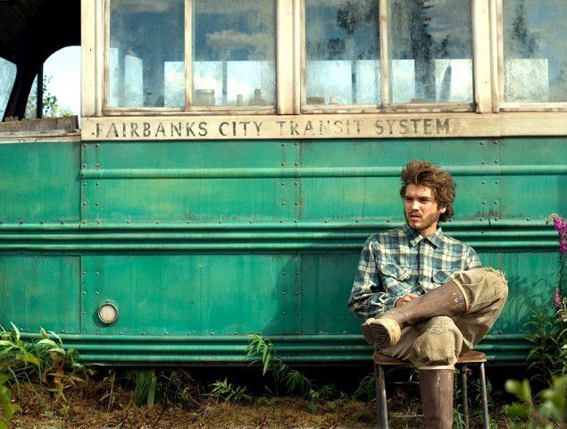 Otra mujer muere buscando el autobús de 'Hacia rutas salvajes', la obra de culto que se cobra vidas