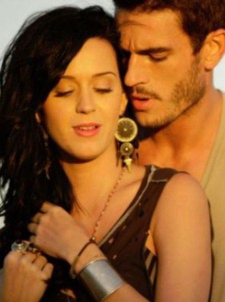 Katy Perry es acusada de conducta sexual inapropiada por un modelo