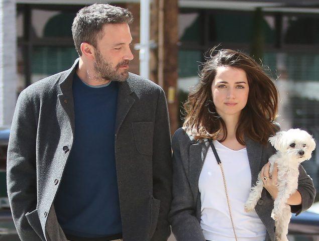 Ana de Armas y Ben Affleck o el fenómeno de las parejas que acaban vistiendo igual