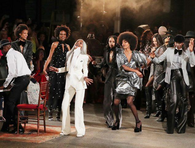 El desfile más comentado de la semana de la moda de Nueva York, en diez claves
