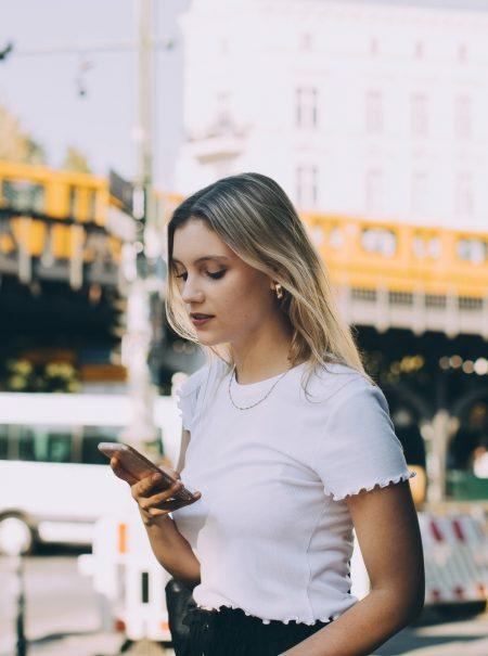 «¿Crees que esto va por mí?»: la ansiedad y la paranoia de las indirectas en redes sociales