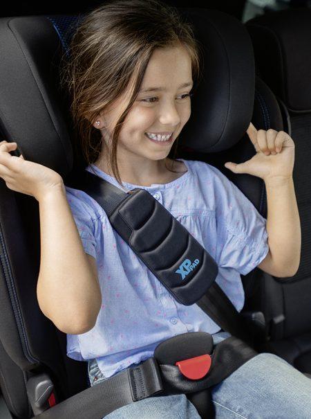 Tu hijo ha crecido y toca cambiar la silla de coche: todo lo que debes saber antes de comprar una nueva