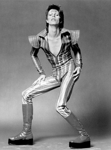 La inspiradora historia de la mujer que manejó las carreras de David Bowie y Robert Redford