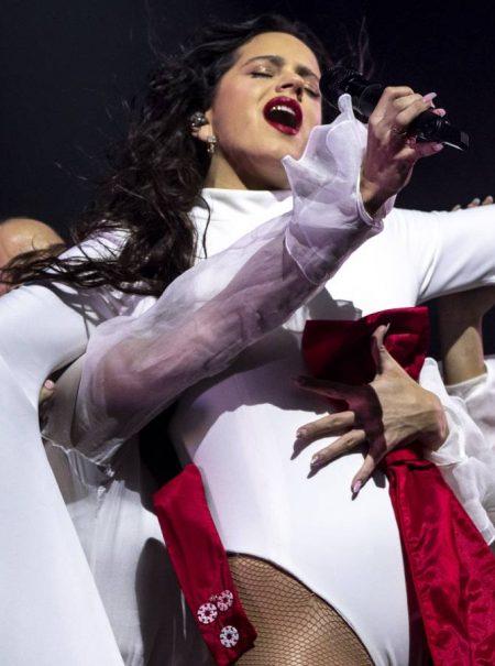 «Madre mía, Rosalía»: Kylie Jenner celebra en español su encuentro sorpresa con Rosalía en LA