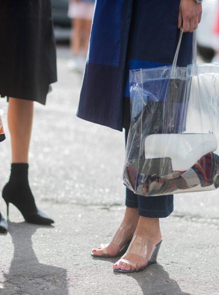 7 sencillos trucos para reducir el consumo de plásticos en tu ropa (y en tu armario)