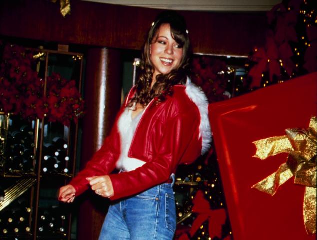 La dura historia familiar tras la canción que convirtió a Mariah Carey en la reina de la Navidad