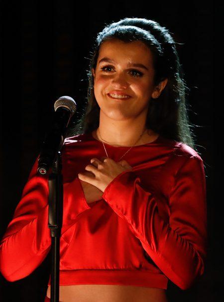 La emotiva interpretación de Amaia en el homenaje a Marisol de los Goya