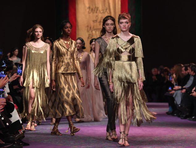 «¿Qué pasaría si las mujeres dirigieran el mundo?», se pregunta Maria Grazia Chiuri en Dior
