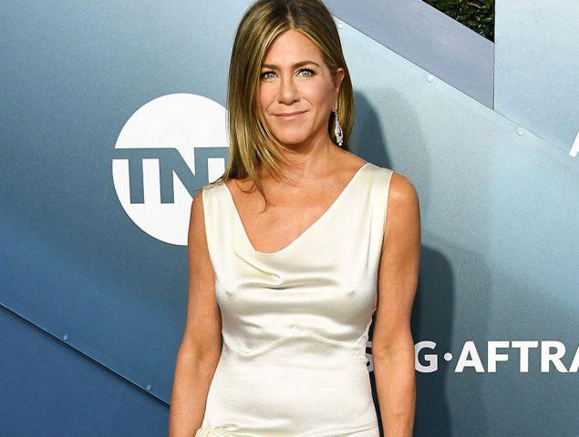 Jennifer Aniston: los secretos del vestido del reecuentro que ya forma parte de la cultura popular