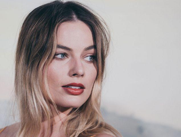 Margot Robbie: «Acoso puede ser la grosería que te sueltan por la calle, la tontería del bar o el comentario de tu jefe»