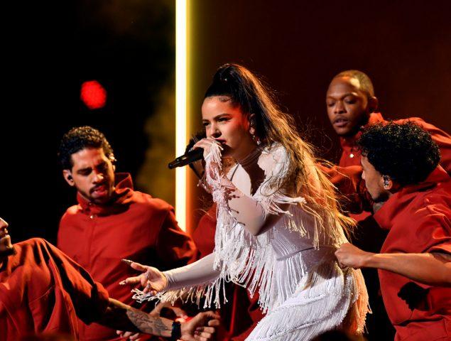 Rosalía reina en los Grammy: así ha sido su actuación en una noche para el recuerdo