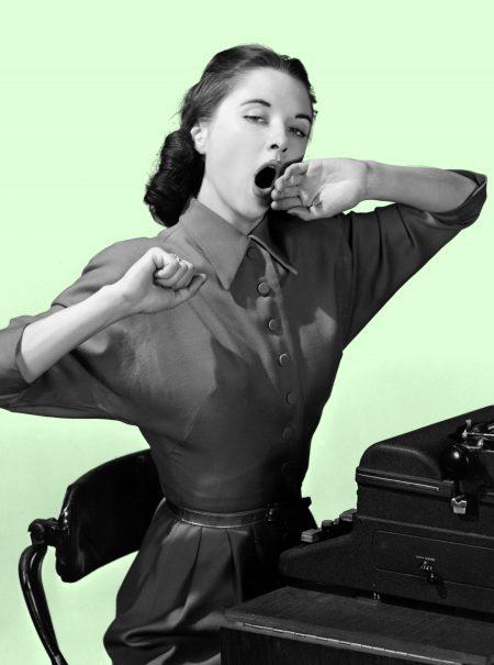 10 razones físicas por las que siempre estás cansada (más allá de dormir poco)